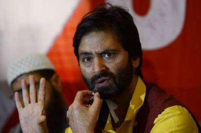 Kashmiri detainees traumatized, tortured in jail: Malik