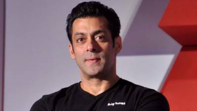 Salman Khan reveals why his films don't have intimate and bold scenes?
