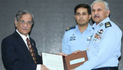 PAF donates Rs. 100 million to dams fund