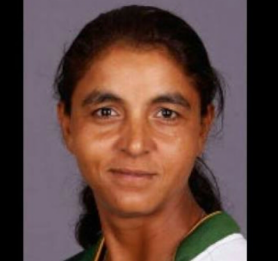 Elizabeth Barkat: Pakistan women cricket team former member makes historic record in England