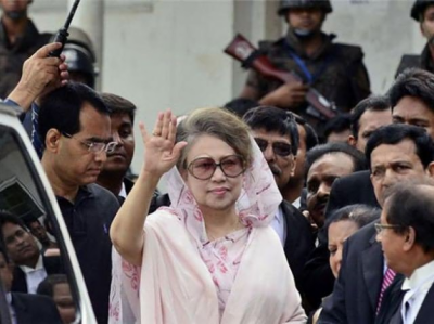 Jailed Bangladesh ex-PM 'can't use left hand' : Doctor