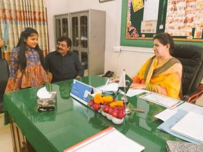 Sindh education minister Sardar Ali Shah takes an unprecedented step