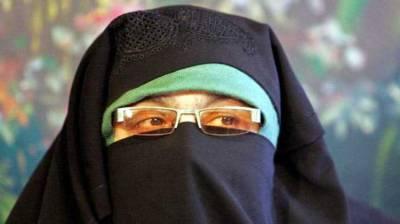 Dr Gilani urges urgent return of Aasiya Andrabi, others to IOK