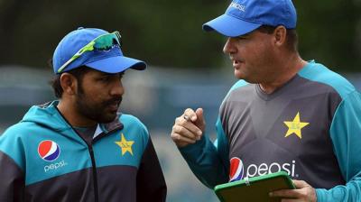 Pakistan coach Mickey Arthur statement against Captian Sarfraz surprises all