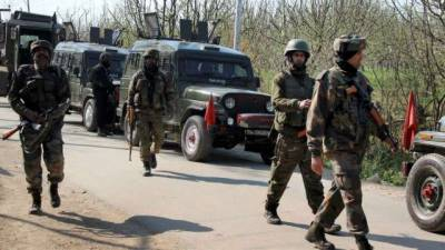 Service Rifles snatched from Indian soldiers in Occupied Kashmir