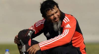 Pakistan's Mushtaq Ahmed is joining international team coaching offer