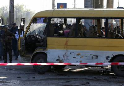 Suicide attack on Afghan police bus kills five: officials