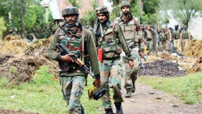 Two Indian Army soldiers killed in occupied Kashmir