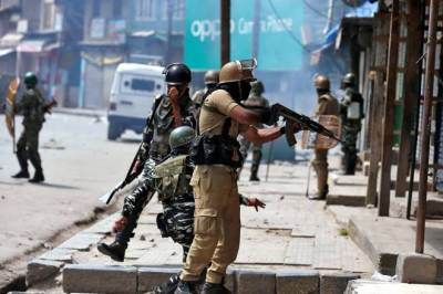 IOK: Indian troops martyr 2 youth in Badgam