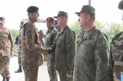 COAS General Bajwa witnesses Pakistan Russia joint military drills