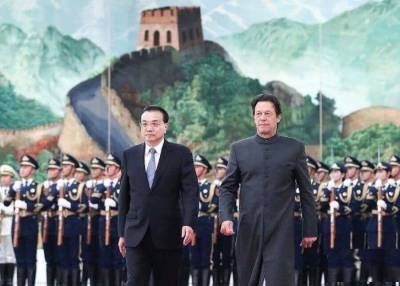Pak, China to further expand cooperation under CPEC, set up working group on socio-economic dev