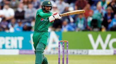 Record-setting Azam leads Pakistan to another T20 series whitewash