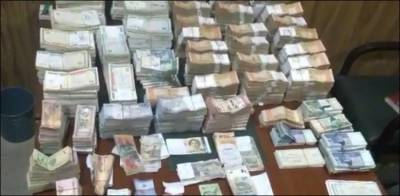 NAB raids government servant residence in Lahore, recovers Rs 33 crore only