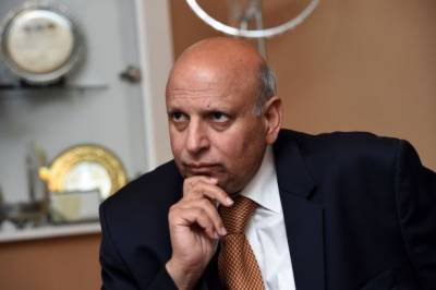 Punjab Governor Chaudhry Sarwar responds to leaked video of PML Q leaders