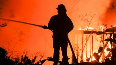 California wildfires: Death toll rises to 9