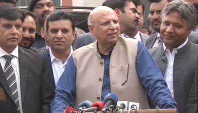 Punjab governor Chaudhry Sarwar responds over remarks by PML-Q leaders