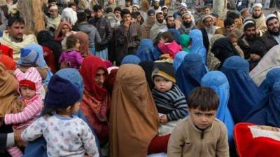 UNHCR to suspend repatriation process of Afghan refugees in Pakistan