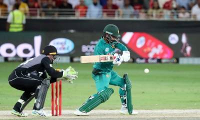 Babar's 92 lifts Pakistan to 279-8 in third ODI