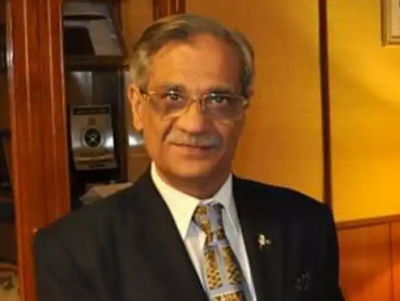 CJP Justice Saqib Nisar reveals lawyer who increases his heartbeat in court
