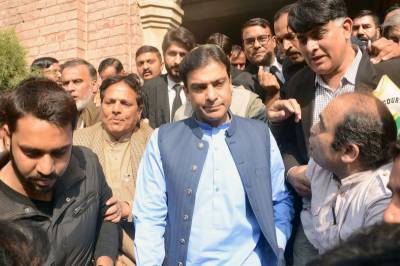 LHC extends interim bail of Hamza Shahbaz till Nov 20