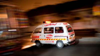 Three killed in road mishap near Sehwan Sharif