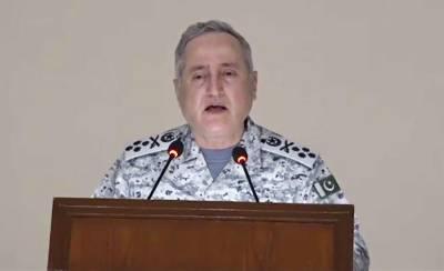 Pakistan Navy Chief reviews operational preparedness of fleet