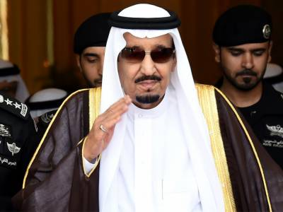 Saudi King makes rare public appearance after Khashoggi murder