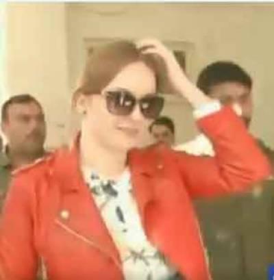 Tereza Hluskova, arrested Czech model makes a stunning entry into Pakistani Court