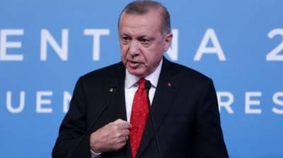 Erdogan talks to media in Buenos Aires