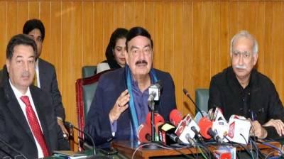 Govt fulfilled promise of running 10 new trains: Rashid