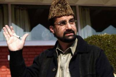 Military approach cannot resolve disputes: Mirwaiz