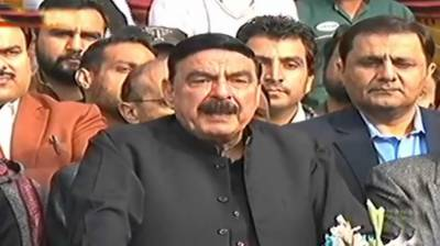 Govt initiating projects for welfare of Railways employees: Rashid