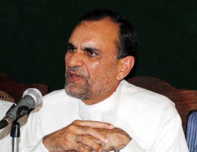 Federal Minister Azam Khan Swati resigns from his post