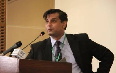 Anchorperson Arshad Sharif wins the most favourite current affairs anchor of the year Award