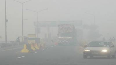 M-I from Peshawar to Rashakai closed due to heavy fog