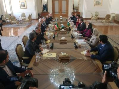 Pakistan FM Shah Mehmood Qureshi holds important meetings with top Iranian officials in Tehran