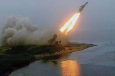 Russia stuns World with hypersonic missile launch, renders US missile defence system obsolete