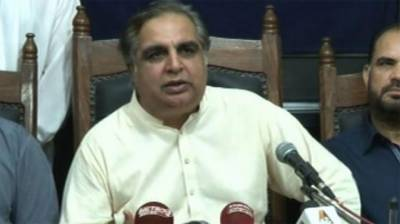 Govt not considering to impose Governor rule in Sindh: Imran Ismail