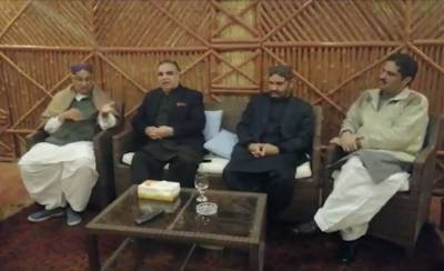 PTI launches drive to unseat Sindh government