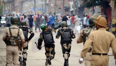 Indian troops martyr one youth in Pulwama