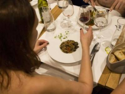 Paris only Nudist Restaurant fears shutdown for lack of bums