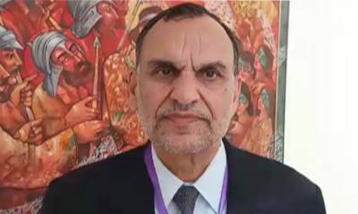 President Alvi accepts Azam Swati's resignation