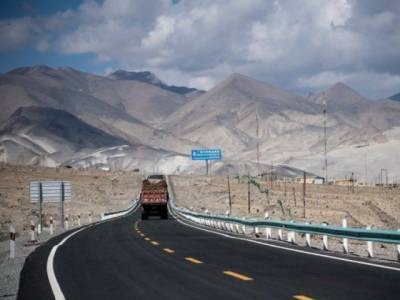 Two mega CPEC projects worth $10.2 billion face delay