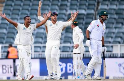 Pakistan top order has collapsed again South Africa yet again
