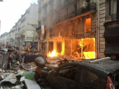 Powerful blast rocks Paris, Several injuries reported