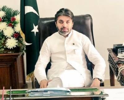 Pakistan heading towards right direction under PM's sincere leadership: MoS