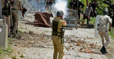 Many injured in Indian troops' firing on funerals of two martyred Kashmiris