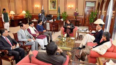 PM assures to resolve problems faced by people of Sindh
