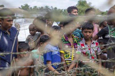 India's crackdown against Rohingya Muslims leave children and women stuck at Bangladesh borders