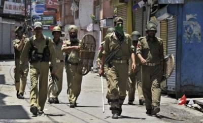 Indian Police arrests three leaders of JKLF after raiding houses in Srinagar